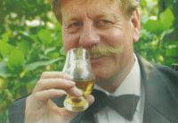 whisky-expert-met-glas